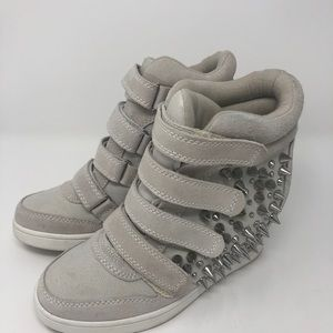 Aldo High Top Wedge Sneaker Size 8.5
